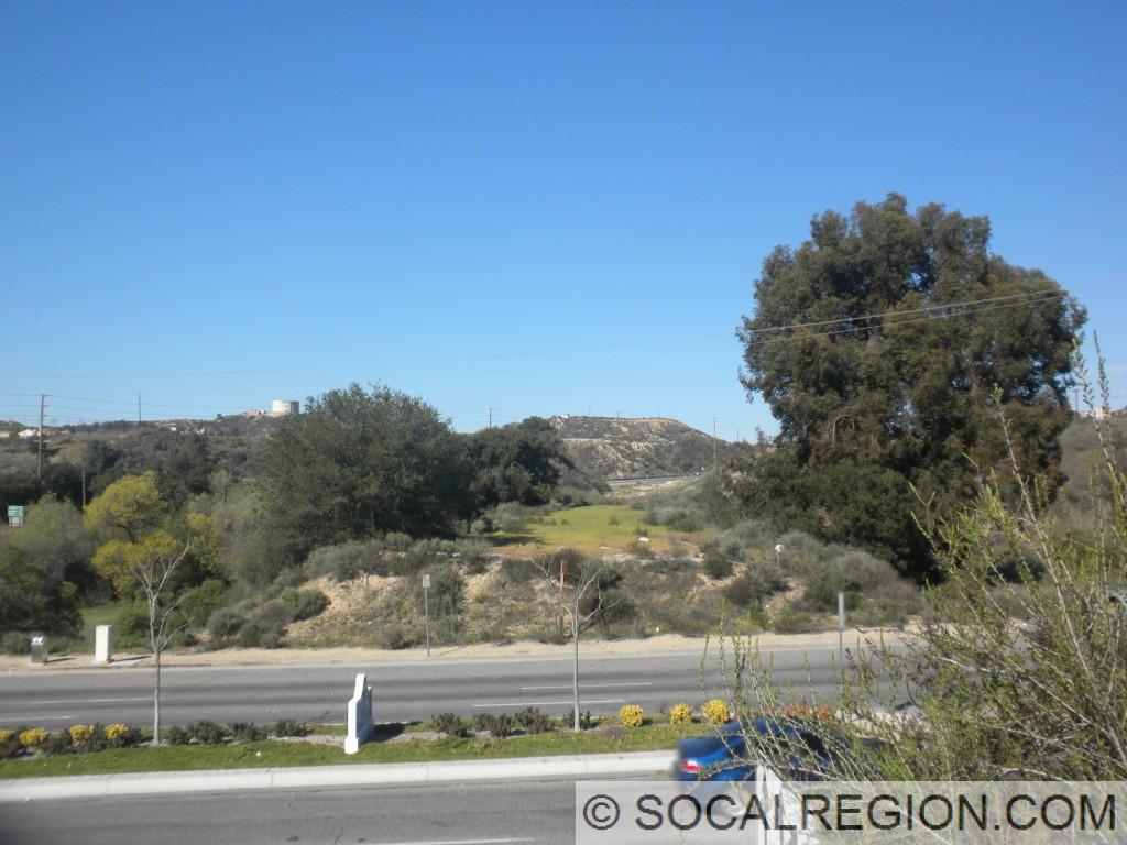 Looking north across San Fernando Road along the pre-1968 alignment of Sierra Highway.