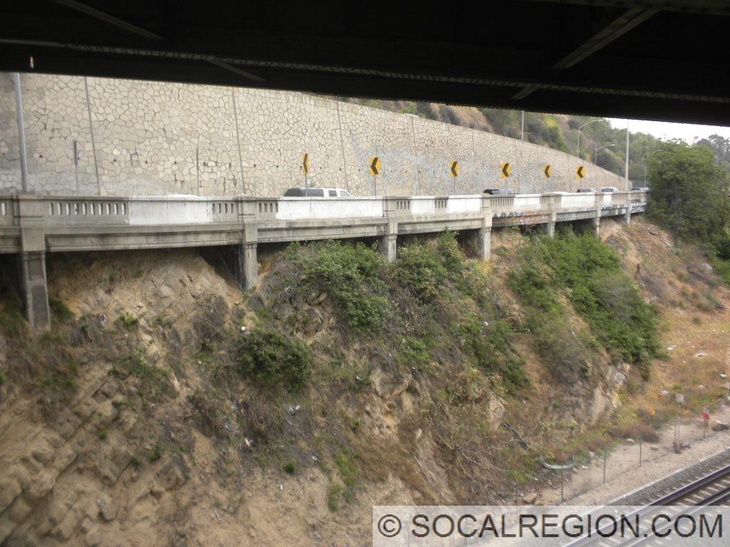 Sidehill viaduct carrying the I-5 NB ramp.