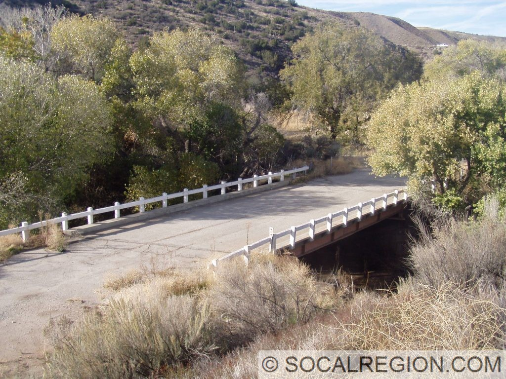 Old bridge over Escondido Creek just south of SR-14, bypassed since 1963.