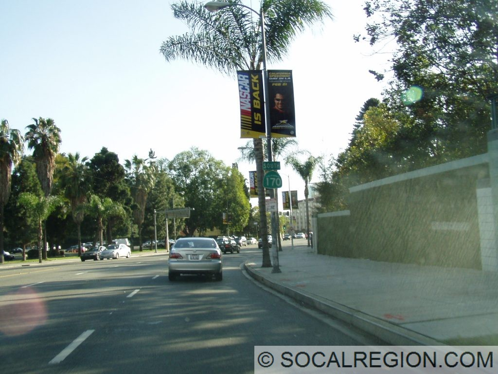 SR-170 signage on southbound Highland Ave, just north of Franklin Ave.