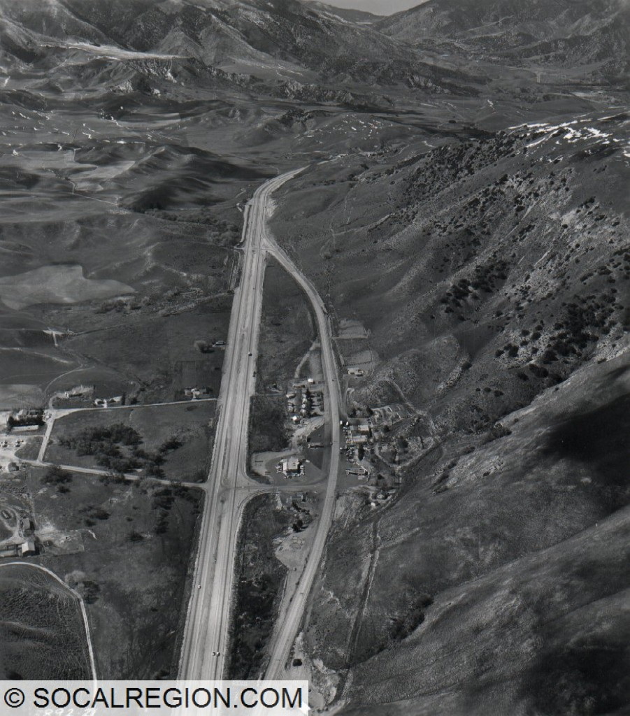 Gorman in 1958. I-5 follows the expressway alignment today. View is northerly toward Tejon Pass.