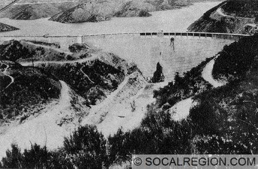 Photo of the St. Francis Dam just before it collapsed.