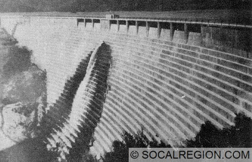 Side view of the dam. Note the lack of any real spillways in the dam. Water was about one foot below the rim of the dam the day of the collapse.