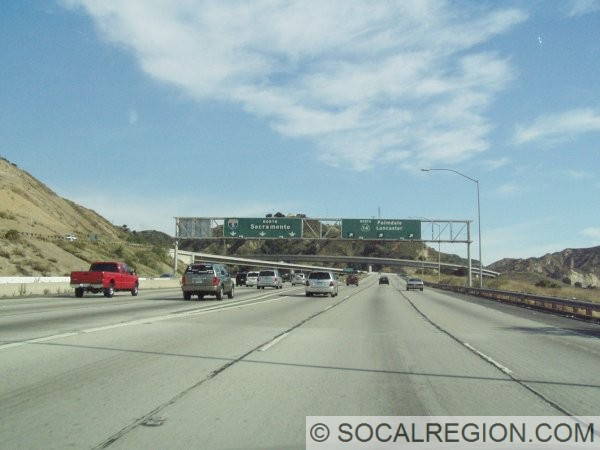 Northbound at the Antelope Valley Freeway (SR-14) interchange.