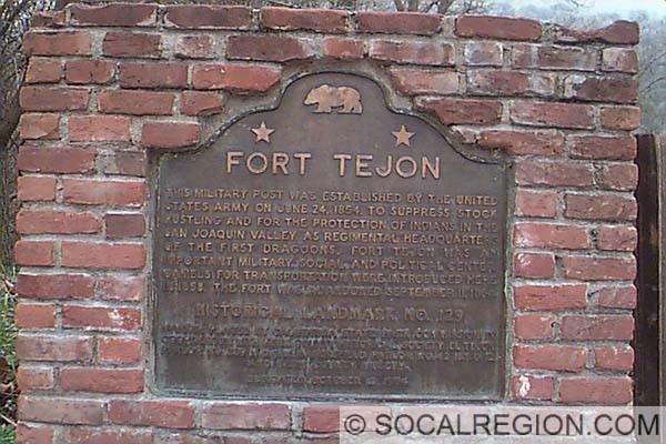 Historical Monument sign at Ft. Tejon.