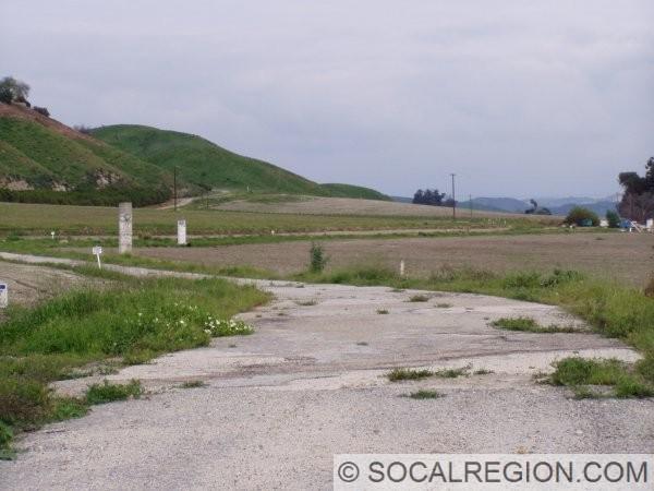 Old concrete alignment near Camulos.